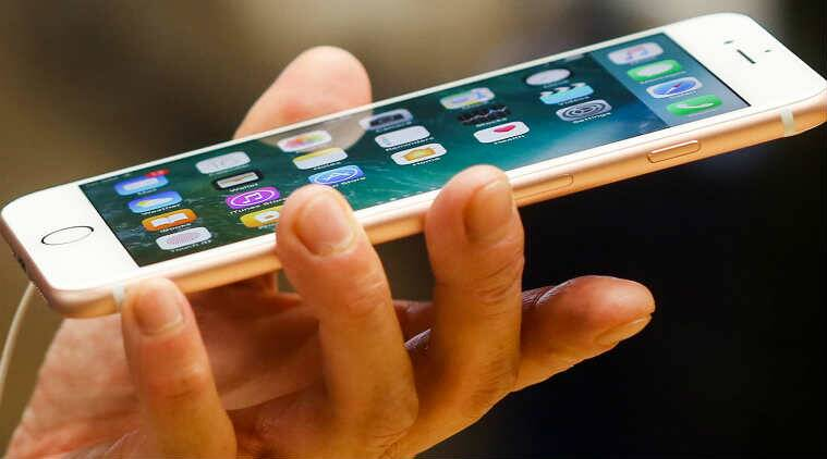 Global smartphone sales see first decline since 2004: Gartner report