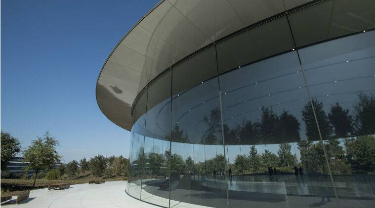 Glass building at Apple headquarters causing headaches for employees