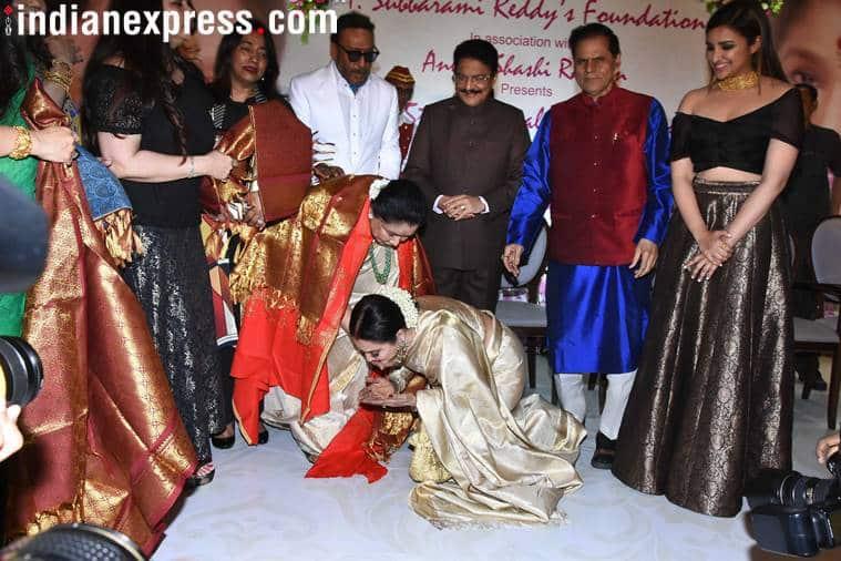 asha and rekha photos from 5th yash chopra memorial awards