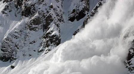 Caught on camera: French ski resort struck by avalanche