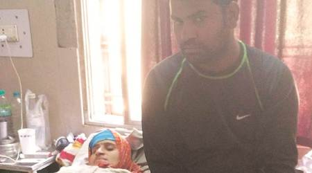 Budget postcard from Betul: Baby's death, missing stretcher