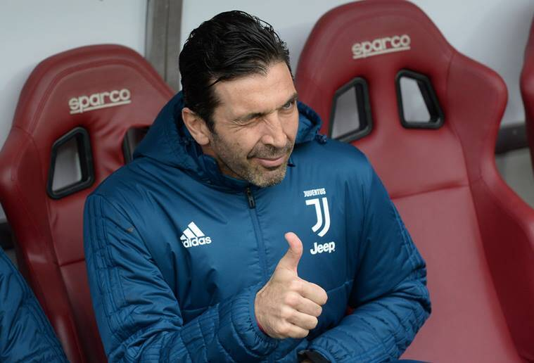Juventus's goalkeeper, Gianluigi Buffon agrees to play again for Italy