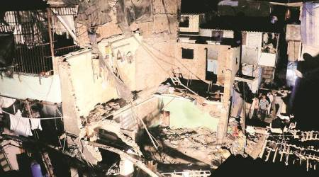 Eight rescued as 2-storey building collapses inMumbai