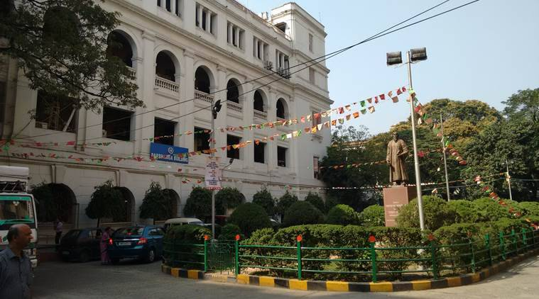 Transferred for raising Jai Shri Ram slogan, says Calcutta University employee