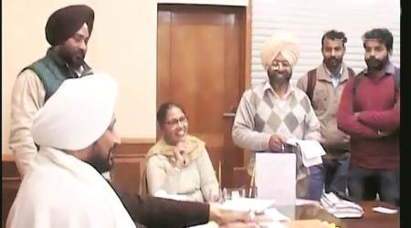 Punjab minister tosses a coin to settle posting row