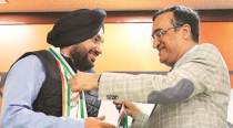 Nine months after switching to BJP, Arvinder Singh Lovely makes Congress 'ghar wapsi'