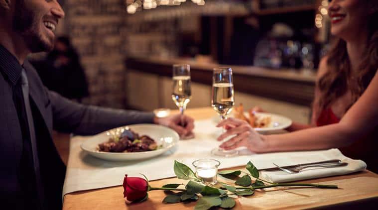 valentine's day, valentines week, valentines week significance, valentine day, valentine day 2018, rose day, propose day, teddy day, kiss day, hug day, valentine's week significance, indian express, indian express news