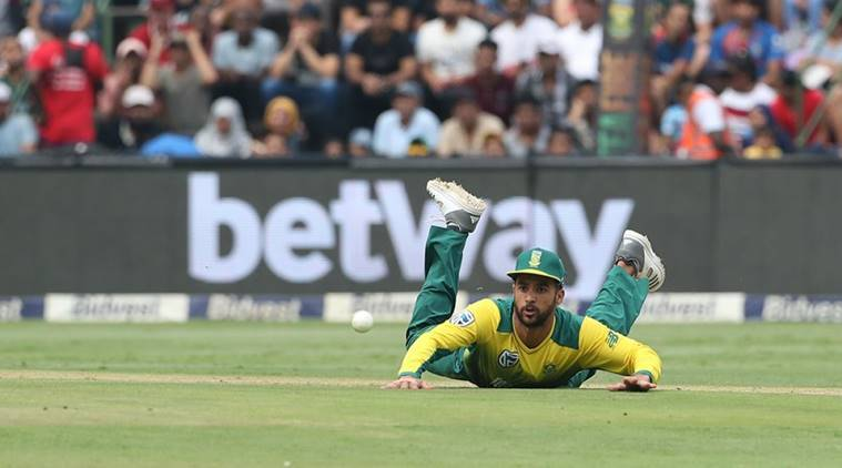 South Africa rout India to level T20 series