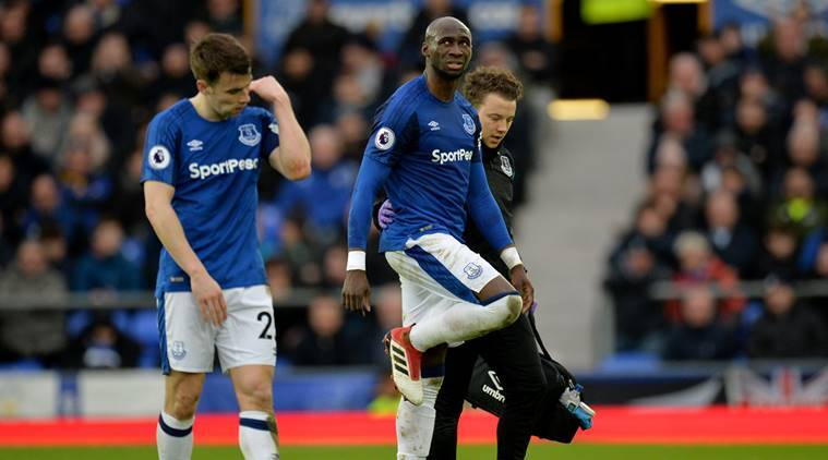 Everton's injured Eliaquim Mangala faces 'long-term' absence