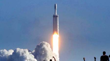 Watch video: SpaceX's Falcon Heavy takes off, puts Tesla Roadster in orbit towards Mars