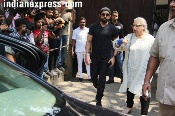 Farhan Akhtar at Anil Kapoor's house to pay last tribute to Sridevi