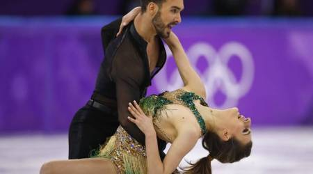 French figure skater Gabriella Papadakis suffers wardrobe malfunction at Winter Olympics