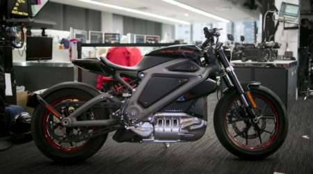 Harley-Davidson electric motorcycle, all-electric bike, Harley-Davidson Project LiveWire, electric vehicles, Ducati Monster 1200, future-mobility business model, electric motorcycle market, automotive industry