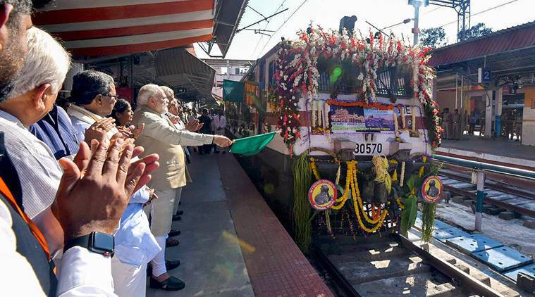 Prime Minister Narendra Modi flagging off the Mysuru-Udaipur Palace Queen Weekly Humsafar Express
