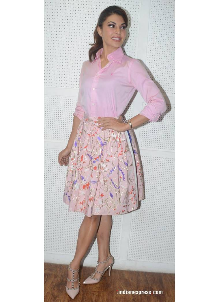 Jacqueline Fernandez, Jacqueline Fernandez latest photos, Jacqueline Fernandez fashion, Jacqueline Fernandez tone on tone, Jacqueline Fernandez pink outfit, Jacqueline Fernandez Baaghi