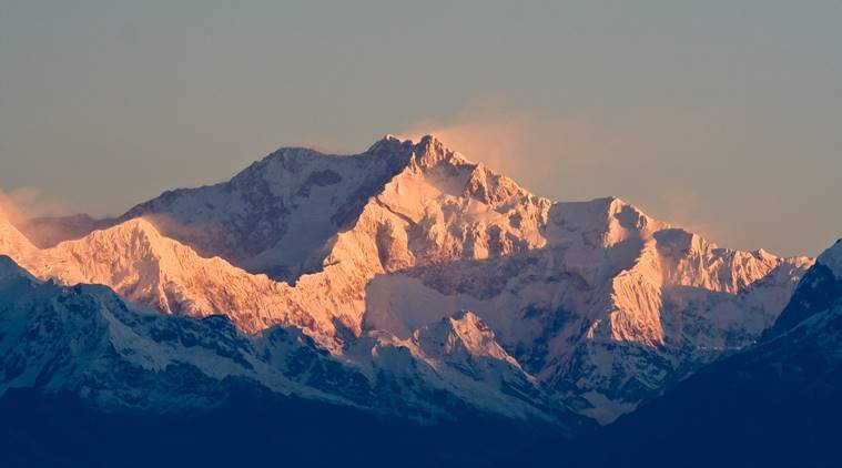 mount kanchenjunga, kuntal kanrar, biplab baidya, nepal, kolkata, nepal expedition, sherpa, indian climber death, india news, indian express