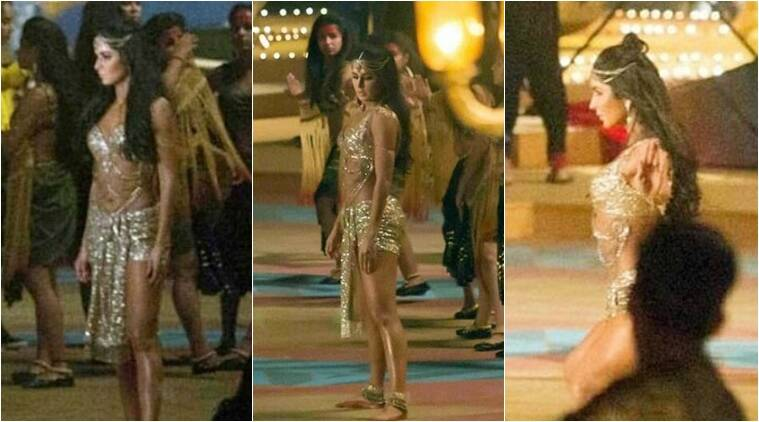 Katrina Kaif sizzles in gold in Thugs of Hindostan dance ...