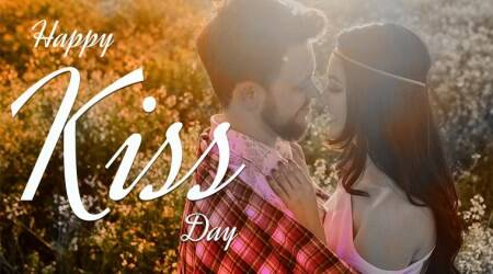 happy kiss day, kiss day messages, kiss day quotes, happy kiss day messages, happy kiss day whatsapp messages, kiss day whatsapp texts, Valentine's day, happy valentine's day, happy valentine's day messages, Indian Express, Indian Express news