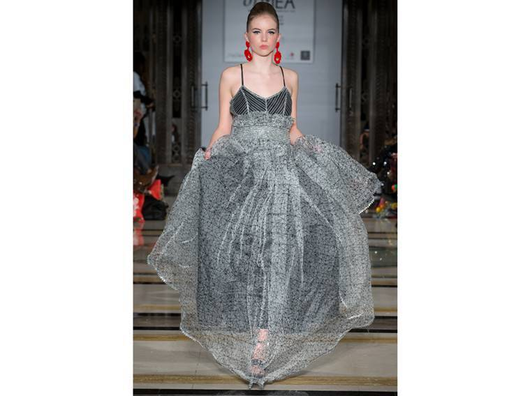 London fashion week, London fashion week latest designs, Vidhi Wadhwani, vidhi wadhwani london fashion week, indian express, indian express news