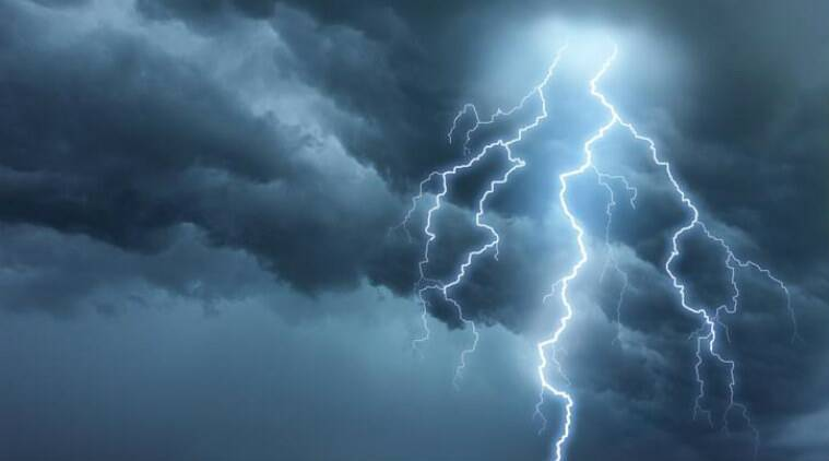 Lightning storms to drop as global temperatures rise: Study