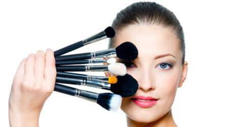 Get your make-up right for romanticdate