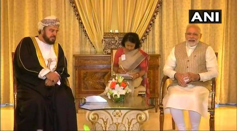 PM Narendra Modi woos investors at Oman-India businessmeeting