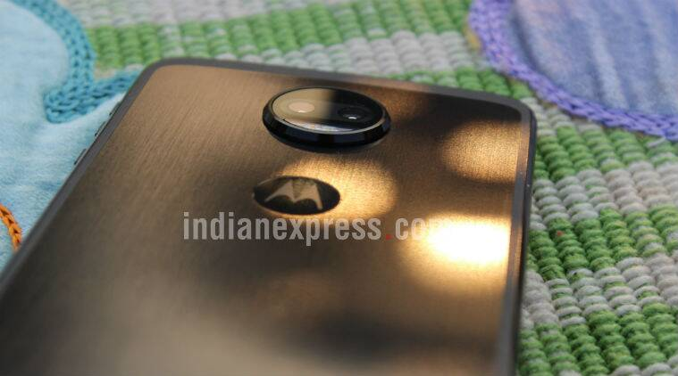 Moto Z2 Force, Moto Z2 Force price in India, Moto Z2 Force launch in India, Moto Z2 Force Flipkart, Moto Z2 Force sale date, Moto Z2 Force specifications, Moto Z2 Force features, OnePlus 5T