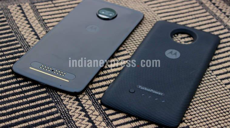 Moto Z2 Force, Moto Z2 Force review, Moto Z2 Force price in India, Moto Z2 Force price, Moto Z2 Force sale, Moto Z2 Force Flipkart, Motorola, Z2 Force