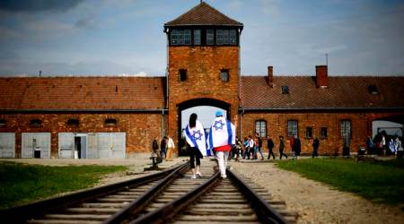 Why new Poland law reopens wounds ofWWII