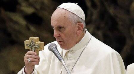 Pope calls violence in Syria 'inhuman,' backs UN cease-fire