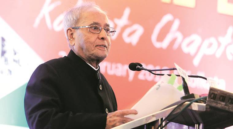 Pranab Mukherjee addressing young entrepreneurs at an event organised by the Young Indians chapter of the CII in Kolkata