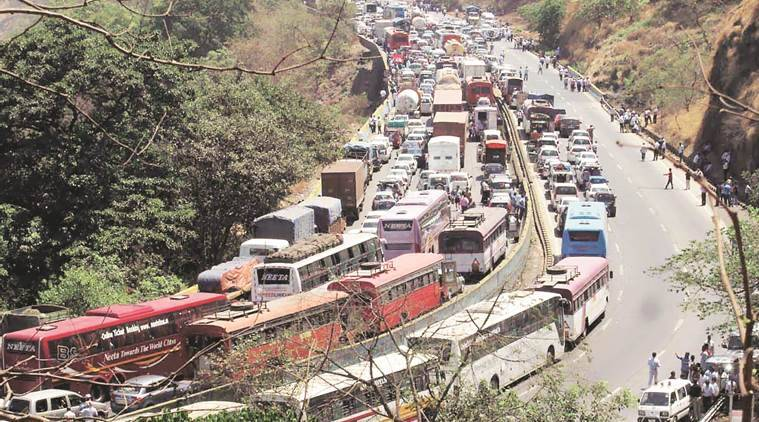 Pune-Mumbai Expressway: 17 yrs after road opened, basic safety measures still missing