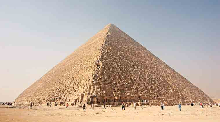 giza, pyramids, archaeology, giza houses discovered, pyramid discovery, egypt, indian express