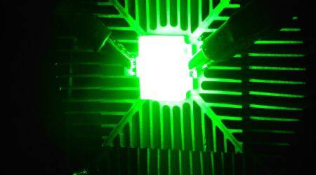 Quantum dots can make TVs and smartphones brighter,lighter