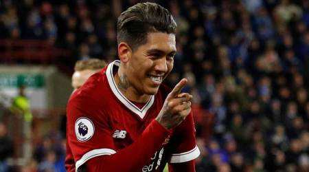 Liverpool's Roberto Firmino signs long-term contract