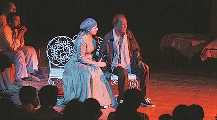 Ishara International Puppet Festival 2018, delhi theatre, delhi stage dramas, dust circus, A Button in My Head, puppets, art and culture, indian express, stage performance
