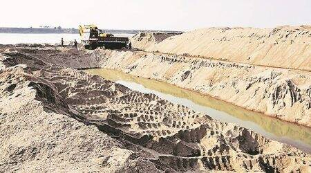 No more gold to strike in sand, 25 out of 110 mines auctioned last year lying idle