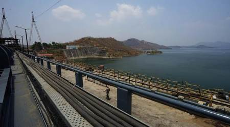 Sardar Sarovar Dam: Water supply for irrigation stopped in Gujarat