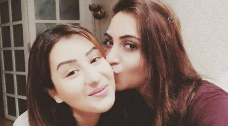 Arshi Khan reunites with Shilpa Shinde, shares lovely clicks from their dinner date