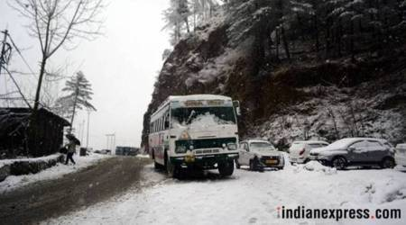 More snow in Shimla, Manali; traffic hampered