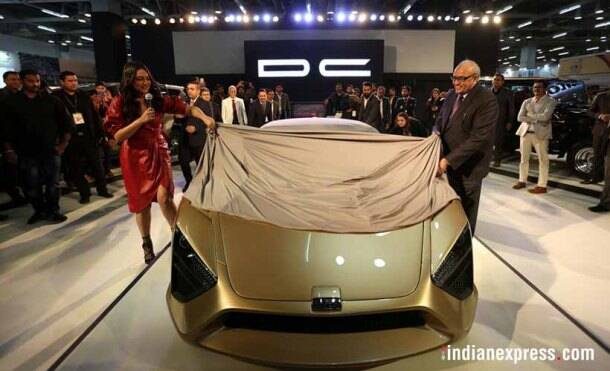 Auto Expo 2018: Shah Rukh Khan, Sonakshi Sinha charm car lovers