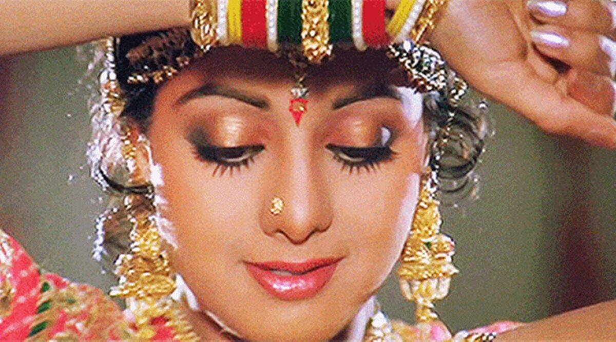 From Chaalbaaz to Lamhe: Sridevi's electric double roles ...
