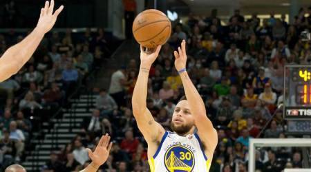 Stephen Curry, DeMar DeRozan named NBA players ofmonth