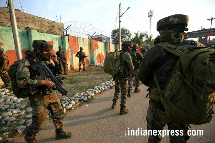 Sunjwan attack photos, sunjwan encounter images, army encounter images, army camp attack pics, jammu kashmir, indian army pictures, sunjwan latest pics, indian express
