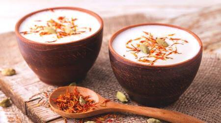 Mahashivratri 2018 Special: How to Make Bhaang Thandai and other Bhaang-infusedDesserts