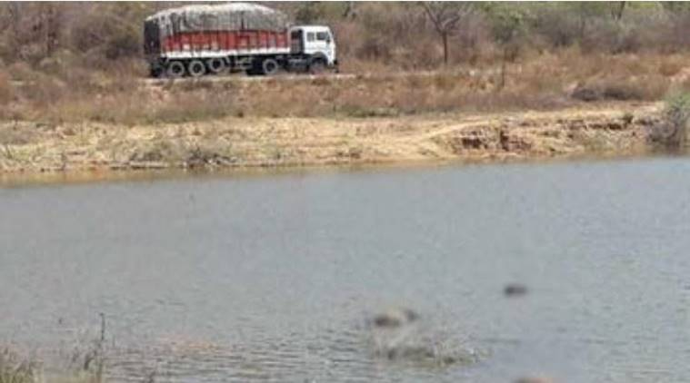 Five bodies found in Andhra lake, police say red sanders smugglers