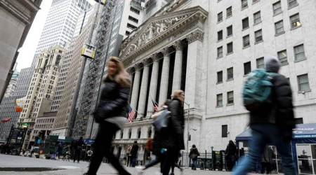 Wall Street bounces back in busy trade