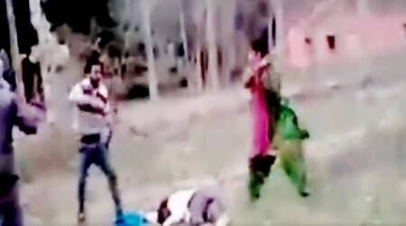 Video: Haryana woman to the rescue; saves husband from a group of men beating him