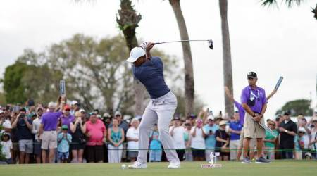 Tiger Woods shoots 69 and gives himself a chance at Honda Classic