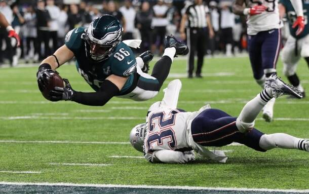 Zach Ertz's late touchdown put Eagles ahead in the Super Bowl
